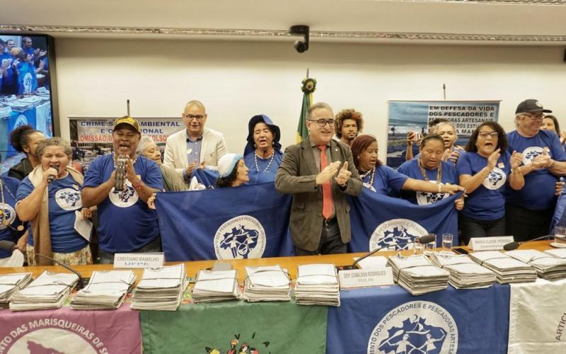 Grito da Pesca 2019 entrega das assinaturas